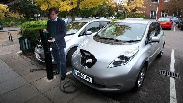 Public Charging Networks National And Regional Electric Car