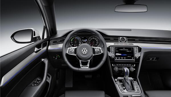 VW Passat Plug-In hybrid to debut in Paris - Zap-Map