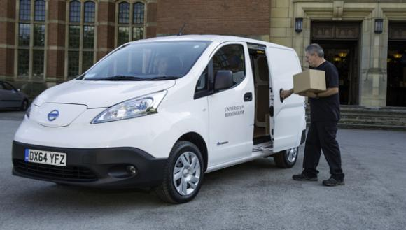 university-birmingham-takes-delivery-nissan-nv200-electric-van