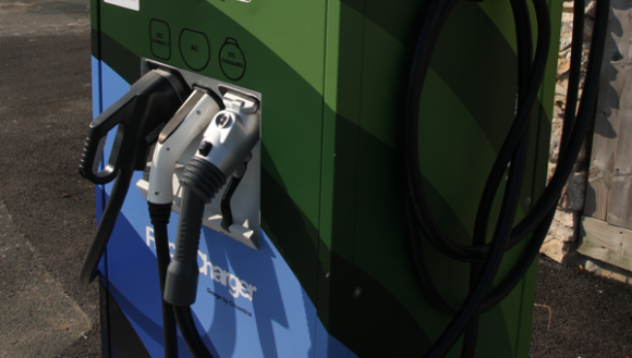 multi-standard-rapid-charger-installed-fareham