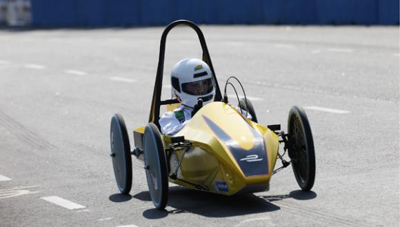 london-schools-invited-compete-formula-track
