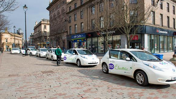 30-nissan-leafs-service-part-dundee-electric-taxi-fleet