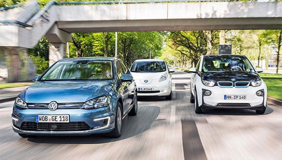 number-electric-vehicles-uk-passes-32500-tally