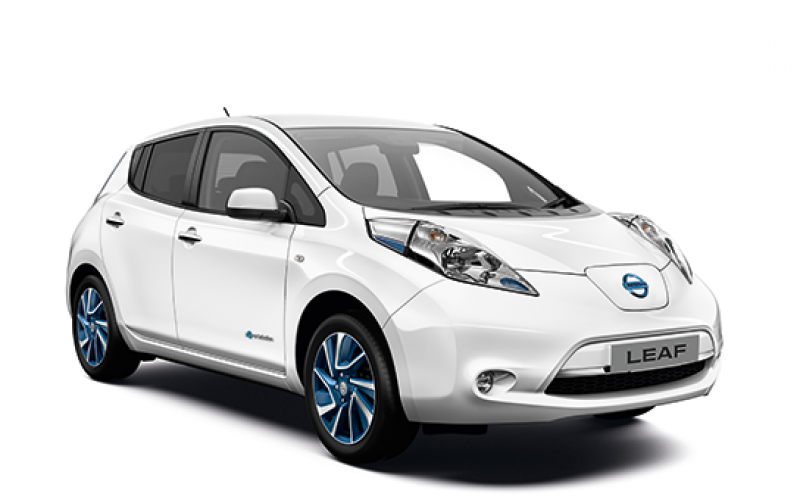 nissan introduces acenta+ leaf trim battery electric range