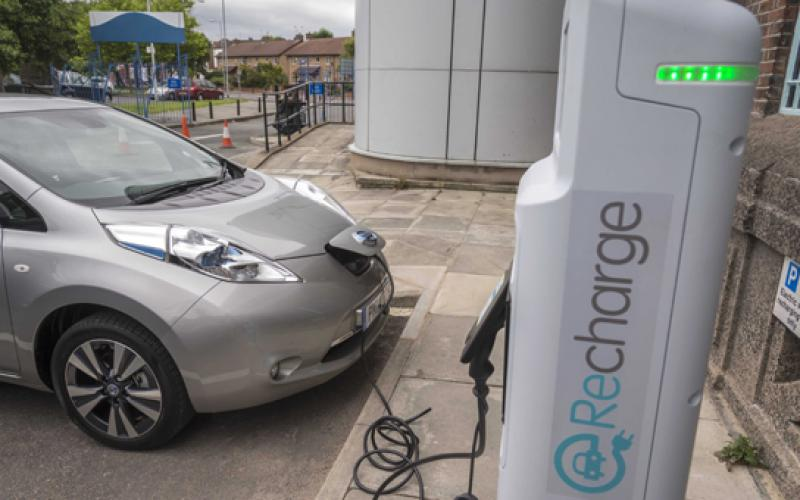liverpool rolls 28 charge points