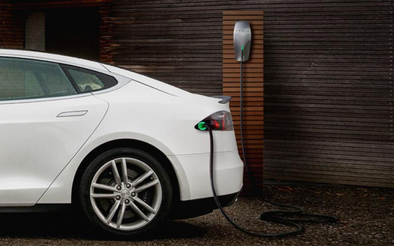 tesla launches destination charging europe
