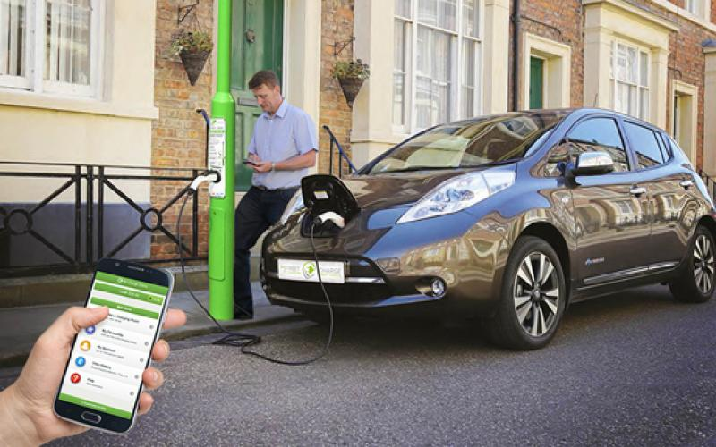 lamp post ev charge points launched rolec