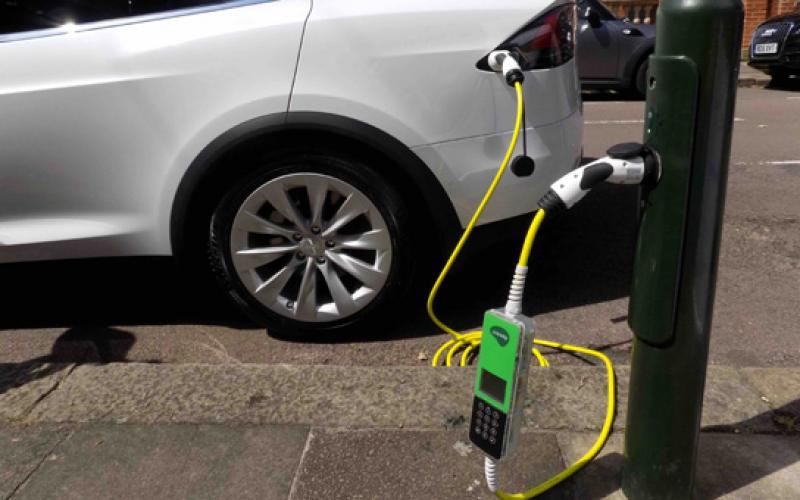 points streetlight ev charge point network