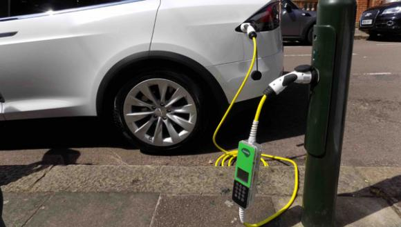 points-streetlight-ev-charge-point-network