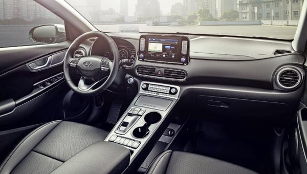 hyundai-kona-electric-interior-zm