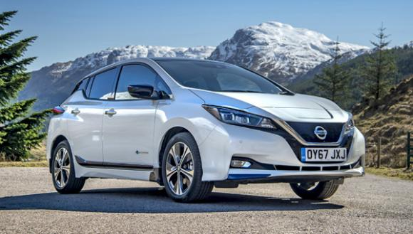newmotion-survey-shows-nissan-leaf-popular-ev-uk-drivers