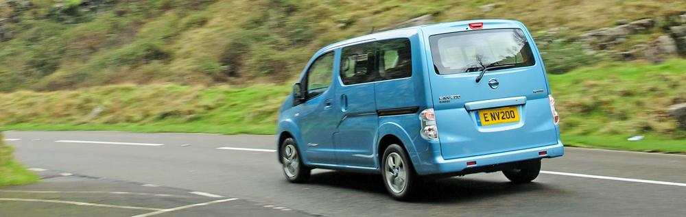 nissan e-nv200 driving