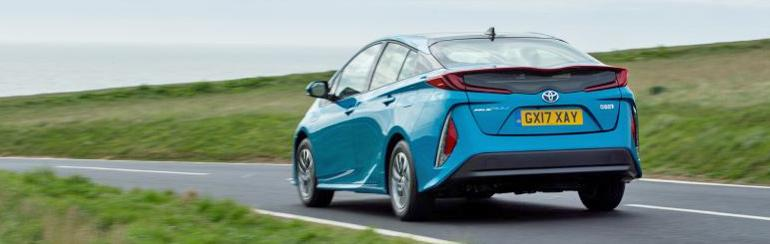 toyota prius plug-in driving