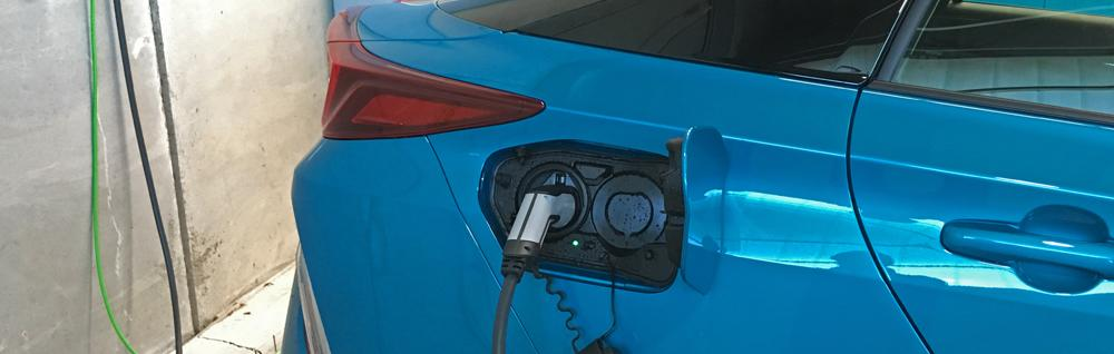 toyota prius plug-in home charging