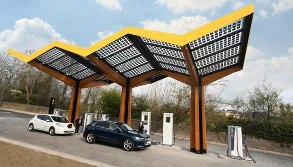 fastned-opens-uks-fastest-ev-charge-point