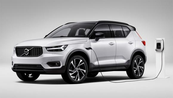 volvo-offers-phev-customers-free-charging-year