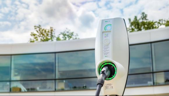 severn-trent-water-roll-350-ev-charge-points-electrify-fleet